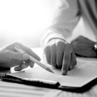 Juridisk bistand kontraktsrett - GrimstadAdvokatene