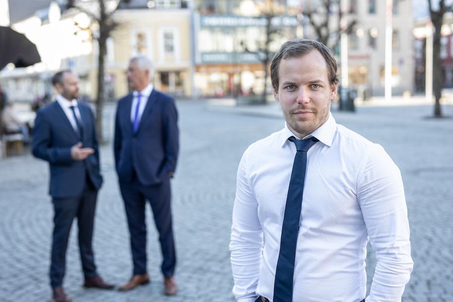Advokat Marius Staurset, GrimstadAdvokatene